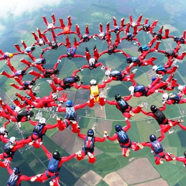 أجمل لقطات القفز الحر السماء