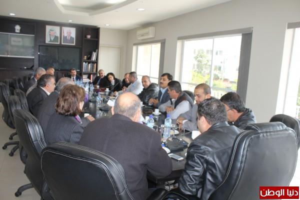 8a3a062af حركة فتح اقليم رام الله والبيرة تجتمع مع رئيس واعضاء مجلس بلديي رام الله