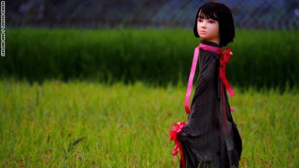 يستخدمه المزارعون اليابان لإخافة الطيور 3910471982.jpg