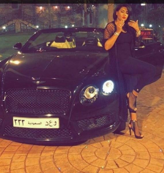 بالصور: سيارات الفنانة السعودية