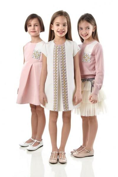 81928cd7b703b بالصور ... شاهدي أجمل ملابس أطفال فندي لخريف شتاء 2016