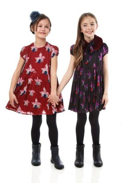 ca461b77f416c ... الأطفال في الملابس ذات الستايلات المختلفة. شاهدي الصور التالية واستلهمي  إطلالة أطفالك وطريقة تنسيق الملابس من أزياء فندي Fendi لخريف شتاء 2016 2015.