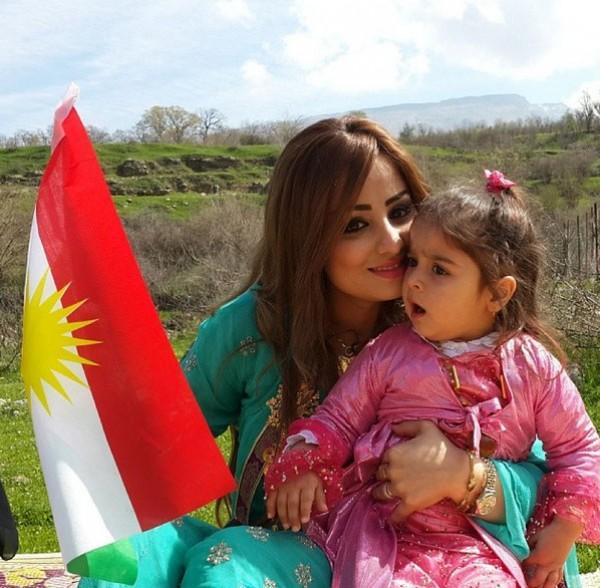 الكرديه برواس حسين نسخة منها طفولتها 2021