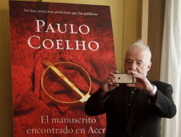 دافع عن الإسلام ودخل مصحة عقلية قبل أن يصبح من أشهر الأدباء.. ما لا تعرفه عن البرازيلي كويللو