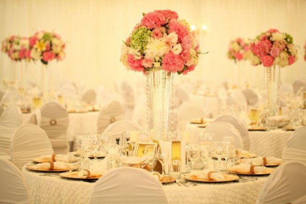تختارين ورود زفافك الصيف؟
