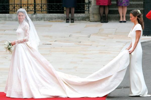 f4718f16c8d94 استوحي فستانك من أغلى 10 فساتين زفاف في العالم