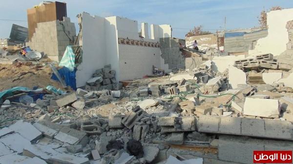 خانيونس:40 لاجئا يعانون منازلهم والجهات 3910729322.jpg