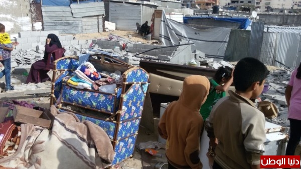 خانيونس:40 لاجئا يعانون منازلهم والجهات 3910729326.jpg
