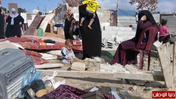 خانيونس:40 لاجئا يعانون منازلهم والجهات 3910729327.jpg