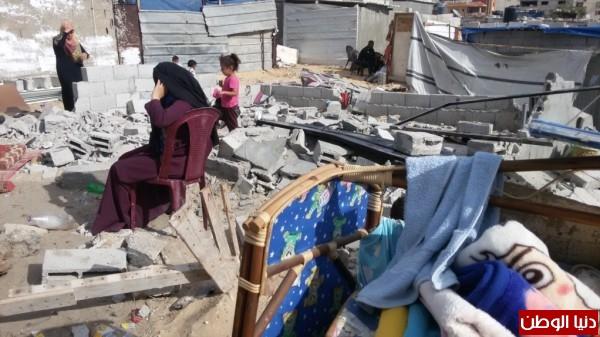 خانيونس:40 لاجئا يعانون منازلهم والجهات 3910729328.jpg