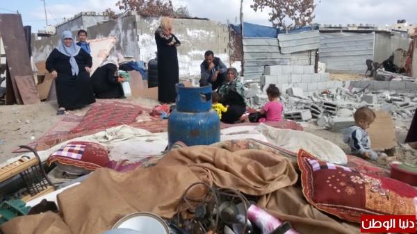 خانيونس:40 لاجئا يعانون منازلهم والجهات 3910729330.jpg