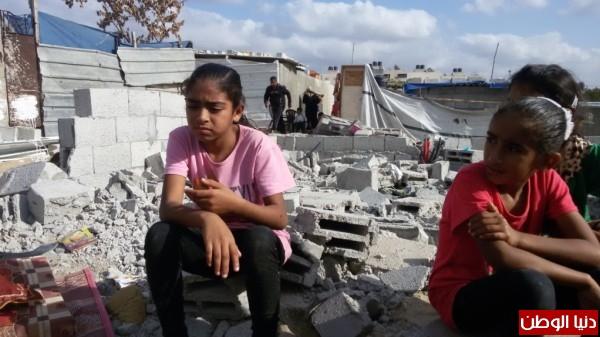 خانيونس:40 لاجئا يعانون منازلهم والجهات 3910729337.jpg