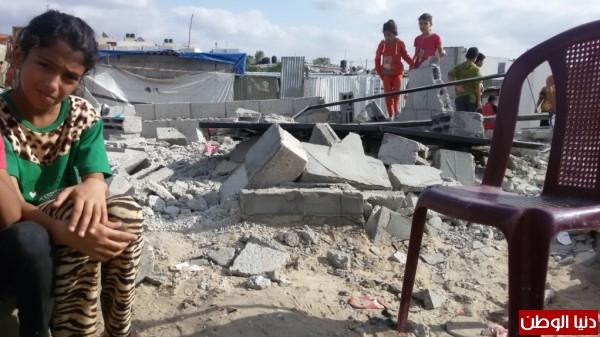 خانيونس:40 لاجئا يعانون منازلهم والجهات 3910729340.jpg