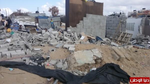 خانيونس:40 لاجئا يعانون منازلهم والجهات 3910729344.jpg