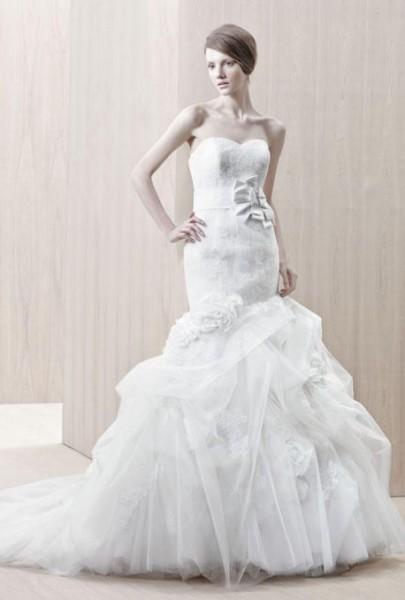 e9e1beada51fc كيف تنسقين اكسسوارت فساتين زفاف Strapless