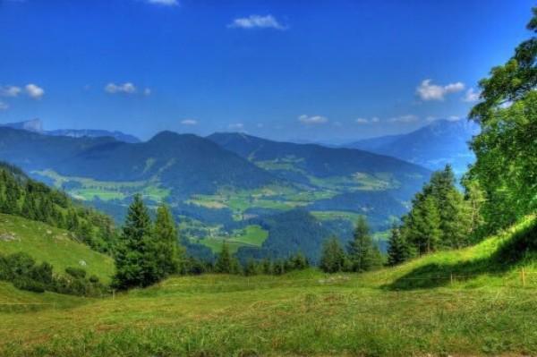 الطبيعة الخلابة في الريف الألماني 3910747393