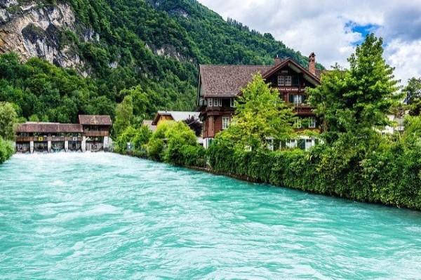 الريف السويسري 3910747407