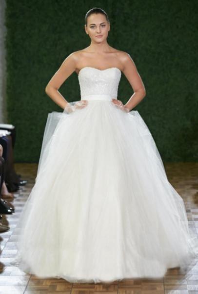 """اختاري اطلالة جذابة ليوم زفافك """"بالتول"""" 3910796483"""