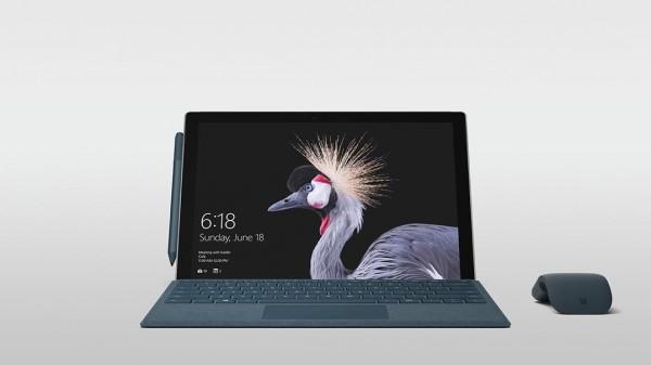 """مايكروسوفت تطلق """"سيرفس برو"""" للمستهلكين 3910831907.jpg"""