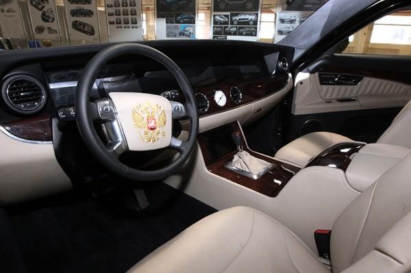 السيارة الرئاسية الروسية قريبا في الأسواق 3910854019.jpg