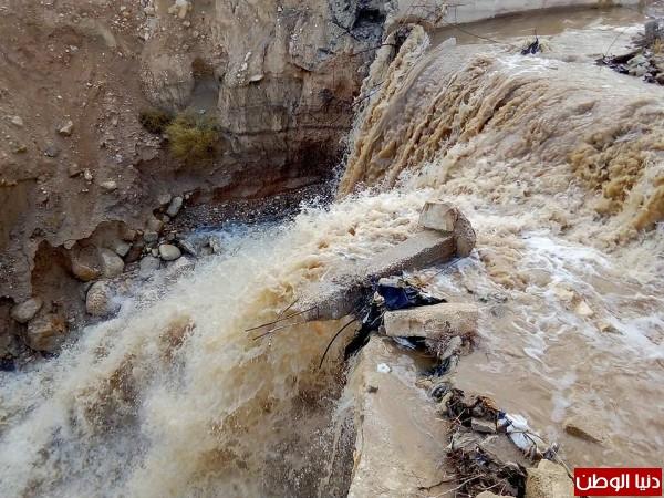أمطار الخير تزيد من غلة مياه الاودية في الاغوار  3910858018