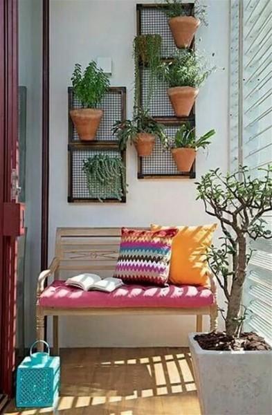 أجمل أفكار لتزيين الشرفة في 3910870605.jpg