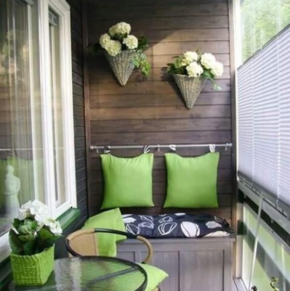 أجمل أفكار لتزيين الشرفة في 3910870607.jpg