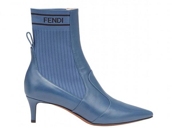 صيحات حذاء البوت الأكثر رواجاً لهذا الخريف 3910926023