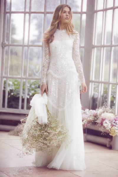 تصاميم فريدة لفساتين زفاف 3910934451