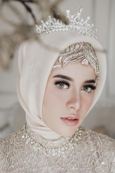 فستان زفاف مناسب لحجابك. 3910938936