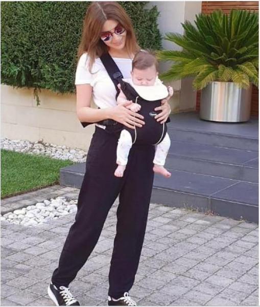 ابنة نانسي عجرم الجديدة إلى العلن لأول مرة بعد 5 أشهر من ولادتها