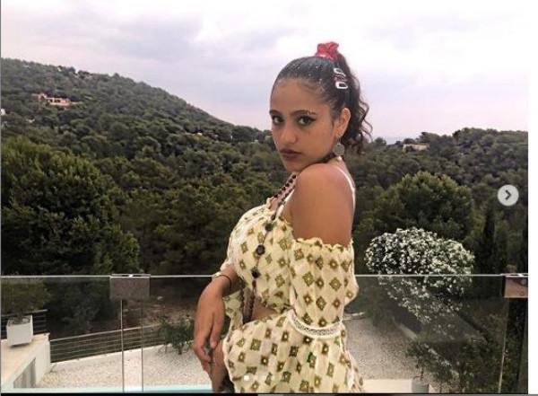 """ابنة عمرو دياب """"جنى"""" تنشر مجموعة من الصور خلال حسابها الشخصي انستجرام"""