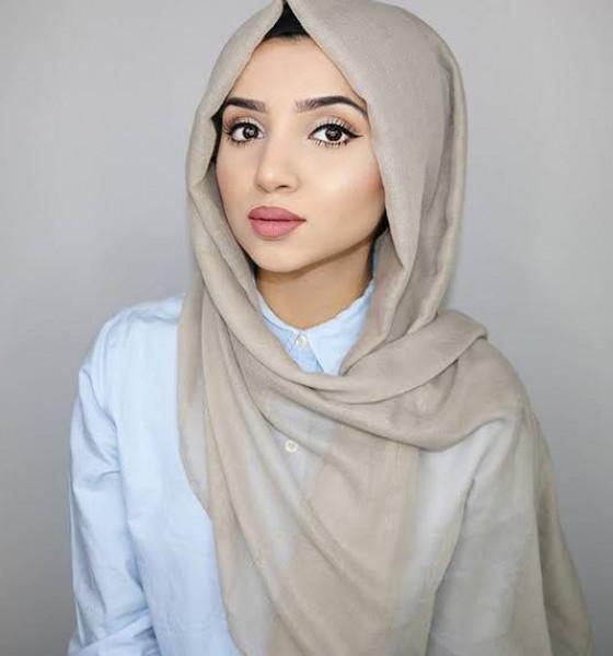 الحجاب الفضفاض يناسب الجامعة والعمل 3911036463