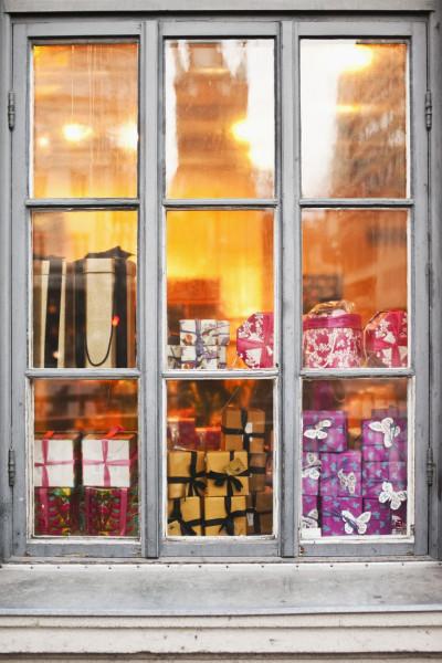 أفكار لتزيين نوافذ منزلك 3911043318