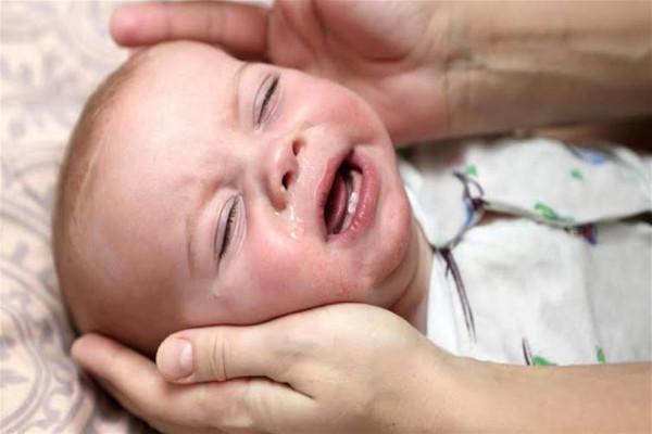 طفلك يعاني من الكحة؟ 3911054722