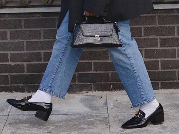 """صيحة حذاء """"غريبة"""" تتربع على عرش الموضة هذا الربيع   3911057972"""