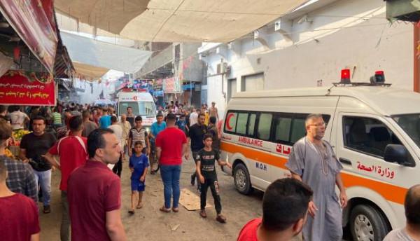 شهيد و10 إصابات بانفجار في سوق الزاوية بغزة