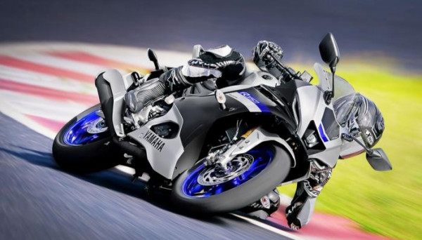 """Watch: Japanese motorcycle giant launches """"R15"""""""