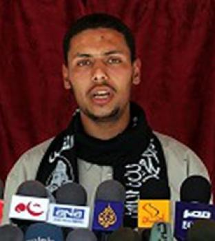 أبو مجاهد يكشف لدنيا الوطن تفاصيل الاتفاق :التهدئة تدخل حيز التنفيذ الساعة السابعة مساء اليوم