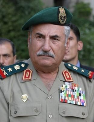 وزير الدفاع السابق السوري علي حبيب ظروفي الصحية وراء انتهاء مهامي ولا صحة للروايات