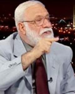 تفاصيل وخفايا اعتقال ابو خالد العملة بدمشق:اختلاسات وتلقي اموالا من بهية الحريري واسامة بن لادن