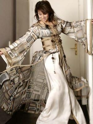 صور لمجموعة ملابس تقليدية مغربية