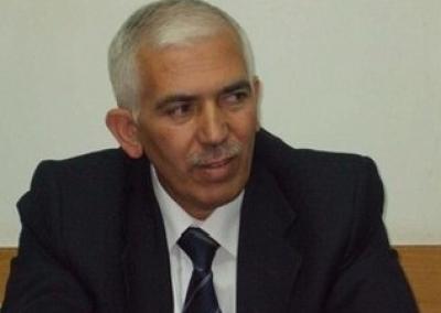 مرسوم رئاسي بتعيين كامل حميد محافظا للخليل