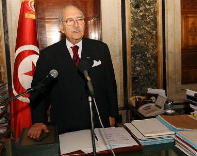 فؤاد المبزع يؤدي اليمين الدستورية رئيسا لتونس ويكلف الغنوشي بتشكيل الحكومة