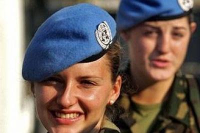 بولندية مسيحية من القوات الدولية في جنوب لبنان تتحجب في رمضان
