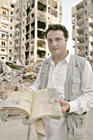 مراسل الجزيرة عباس ناصر: تلقينا تهديدا من عملاء اسرائيل في لبنان