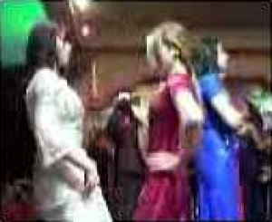 * بالصور خطوة خطوة العرس الجزائري رووعه * 7014470288.jpg