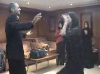 شاهدوا الصور وفيديو الرقص والطرب في قناة الفيحاء الفضائية لصاحبها عبد العزيز الحكيم بمناسبة إعدام صدام و زواج نجل نوري المالكي