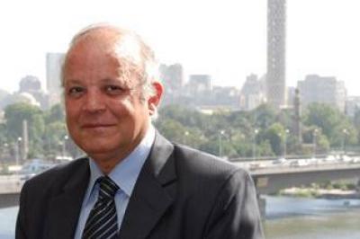 صحافي مصري يتحدى حظر التطبيع بـ 25 زيارة لإسرائيل