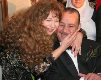 فاروق الفيشاوي يعود لزوجته السابقة سميّة الألفي